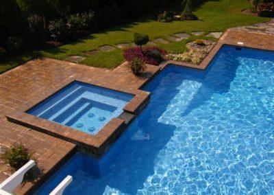 pools_spa_square01_large