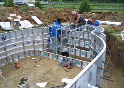 pools_swimmingpools_construct02_large