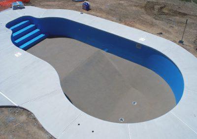 pools_swimmingpools_construct05_large